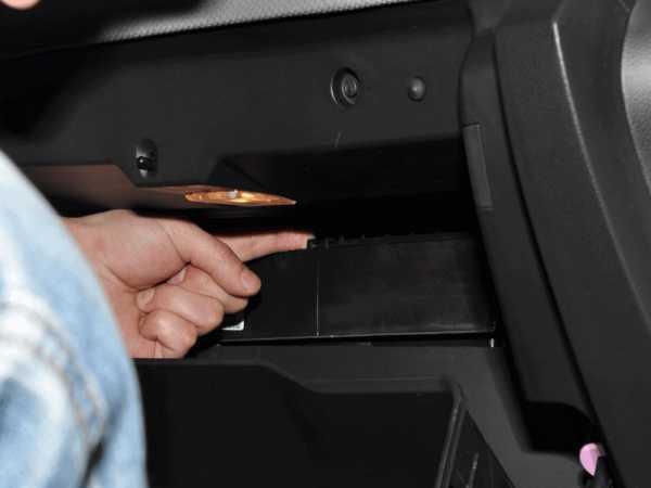 Салонный фильтр на Шевроле Круз: замена своими руками