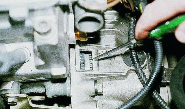 Ремень ГРМ на ВАЗ 2110: замена своими руками