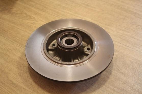 Тормозные диски на Рено Флюенс: выбор и замена