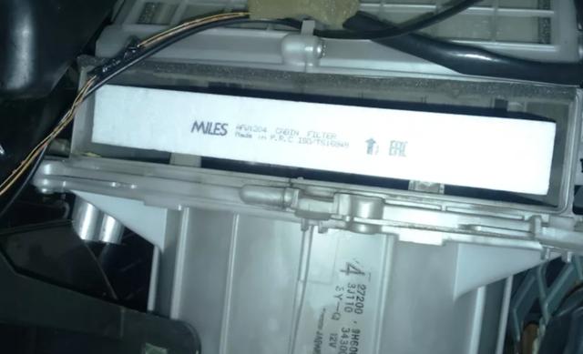 Салонный фильтр Ниссан Х-Трейл t31: где находится, замена