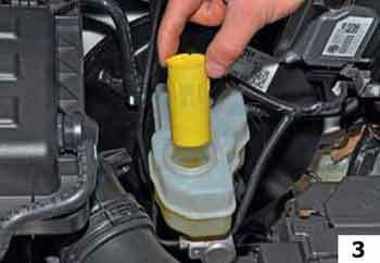 Тормозная жидкость на Фольксваген Пассат: выбор, замена