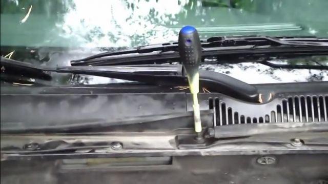 Салонный фильтр на Форд Мондео 3: где находится, замена